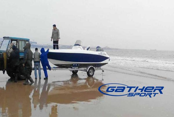 5.5M FRP CENTER CONSOLE FISHING BOAT GS550